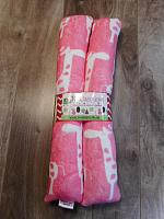 HH--Pink Giraffes