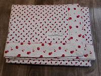 RecBlnkt--Red rosebuds with Red Rose border/back