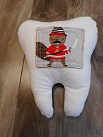 Tooth--Hockey Beaver
